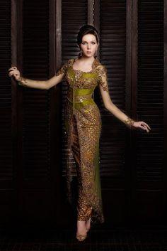 Love the colors Kebaya Lace, Batik Kebaya, Kebaya Dress, Beautiful Gowns, Beautiful Outfits, Model Kebaya Modern, Kebaya Wedding, Wedding Dress, Batik Fashion