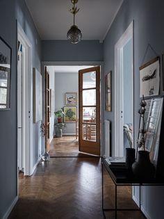 Home Interior, Interior And Exterior, Interior Decorating, Interior Design, Paris Apartment Interiors, Transitional Decor, House Rooms, Home Fashion, Interior Inspiration