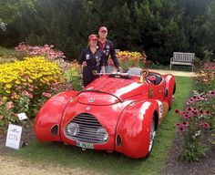 """Peter Wieden nach den Classic Days 2014 in Schloss Dyck: Wow! Jetzt haben nicht WIR etwas gewonnen, sondern unser kleiner roter Rennwagen (Fiat Simca) !!!! Der bedeutenste FIVA-A Concours d´Élégance in Deutschland hat ihn zum """"Best of Class"""" gekürt!!! Allein schon eingeladen zu werden, ist für ein historisches Auto der Ritterschlag - und jetzt auch noch """"Best of ...""""  https://www.facebook.com/photo.php?fbid=268859443319482"""