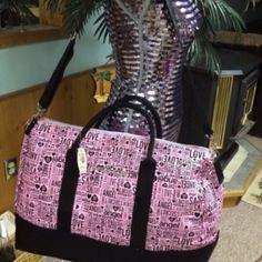 Victoria's Secret Favorite Weekender My favorite VS duffle bag by far rare Victoria's Secret Bags Travel Bags