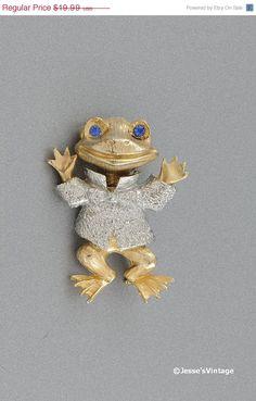 Vintage frog brooch.  $14.99