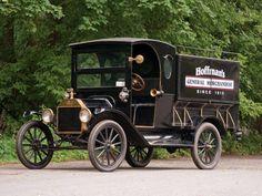 1915 Ford Model T Peddlers Wagon