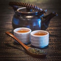 INDIA has a rich and diverse tea history, with traditional masala chai tea being served through South Asia for thousands of years before the tea industry exploded during the British colonial era. Pictured above is the white leaf Darjeeling tea, which grows wild in India | http://www.buzzfeed.com/chelseypippin/22-cups-of-tea-from-around-the-world?utm_term=.cbZwmXZ0ek#.rj0R2K6vAr