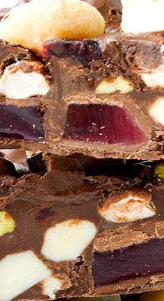 Easy Christmas Rocky Road
