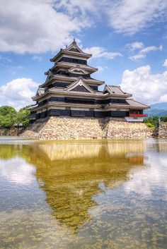 Matsumoto Castle, Japan. @Via Viteri Shigeru Nagahisa