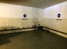 Um bicicletário falhado no Museu de Serralves.