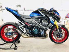 Kawasaki Motorcycles, Cool Motorcycles, Cb 1000, Sportbikes, Classic Bikes, Motorcycle Bike, Cbr, Bike Life, Custom Bikes