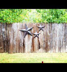 Back yard decor Diy Yard Decor, Yard Decorations, Fire Pit Yard, Yard Before And After, Privacy Plants, Patio Ideas, Outdoor Ideas, Backyard Ideas, Garden Ideas
