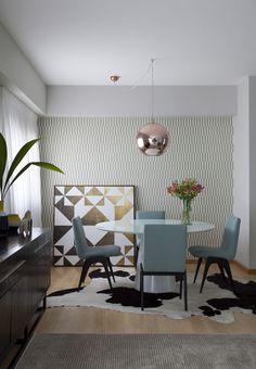 Apartamento alugado ganha poesia e identidade com tons pastel
