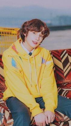 Kai, K Pop, Types Of Hair Color, The Dream, Korean American, Laugh A Lot, The Dark World, Foto Bts, Boyfriend Material