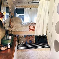 @lunadavan you all should be showing this van off everyday all day. Well photos of it really. You all have adventures to go on. It is stunning. Long before #vanlife was on my radar design and decorating was there. Especially for small spaces. The flow is great, the repetitive circle especially the use of a very large (for the space) mirror, the sink and cutting board. Kitchen (not seen in this photo) looks great! Well thought out in form and function. I could go on and on. I have look at all…