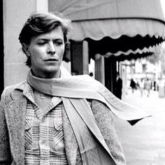 Elegance and grace personified, Bowie.