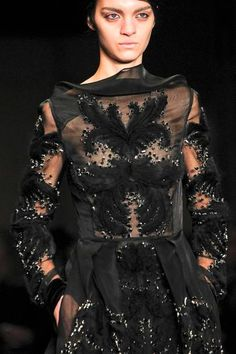 Erdem | Fall 2014 Ready-to-Wear Collection | Detail