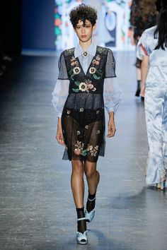 Anna Sui Spring 2017 ready-to-wear collection New York Fashion Week