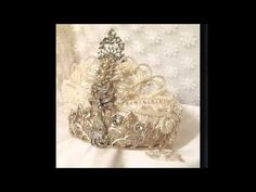 Belle Memorie presents Hopscotch Couture again in the Etsy Virtual Bridal Show.