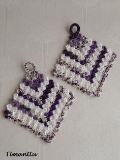 Patalappuja jämälangoista Crochet Earrings