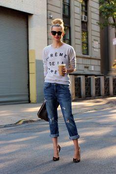 Love this comfy chic look! I need those shoes in my life. #boyfriendJeans @Creme de la creme #fashion