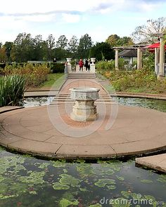 water-feature-preston-park-rose-garden-brighton-sussex-england