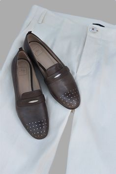 Slip Ons in col piombo with mat silver acents by Neri Firenze