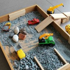 How to Create a Stone Quarry Small World. - How to Create a Stone Quarry Small World Sensory Table, Sensory Bins, Sensory Play, Outdoor Activities For Kids, Preschool Activities, Spring Activities, Preschool Kindergarten, Reggio Emilia, Tuff Spot