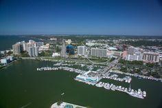Aerial photo of Bay Plaza condos in Sarasota, Florida. http://www.dwellingwell.com/bay-plaza-condos-sarasota.php
