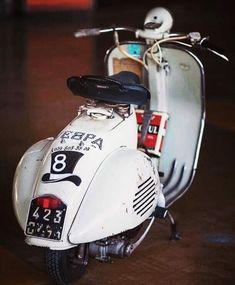 ● Vespa Motorcycle, Vespa Bike, Piaggio Vespa, Lambretta Scooter, Vespa Scooters, Retro Scooter, Scooter Girl, Custom Vespa, Custom Bikes