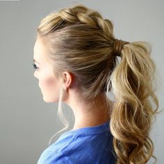 31 sporty ponytail hairstyles to the gym hair styles ponytai Mohawk Updo, Braided Mohawk Hairstyles, Cute Ponytail Hairstyles, Easy Work Hairstyles, Sporty Hairstyles, Workout Hairstyles, Down Hairstyles, Wedding Hairstyles, Hairstyles 2018
