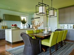 Do you want to have a modern dining room? Here you'll find the best ideas to do it! With top furniture and best interior design, here you have contemporary and modern ideas for you dining room decor Green Dining Room, Living Room Green, Green Rooms, Dining Room Design, Dining Area, Dining Chairs, Kitchen Dining, Green Kitchen, Kitchen Paint