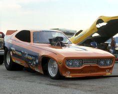 DUNN  VELASCO Funny Car Nhra Drag Racing, Auto Racing, Plymouth Satellite, Top Fuel Dragster, Top Cars, Drag Cars, Vintage Humor, Vintage Racing, Car Humor