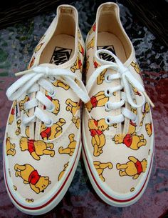 Vintage Winnie the Pooh Vans Size 7 from CherryBerryFashion on Etsy. Disney Shoes, Disney Outfits, Cute Outfits, Disney Vans, Cute Vans, Winne The Pooh, Vanz, Pooh Bear, Painted Shoes