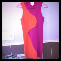 PARKER bodycon dress Parker dress size small. Only worn once and dry cleaned after. Perfect new condition. Looks amazing on very form fitting and flattering! 63% rayon 37% nylon. Parker Dresses