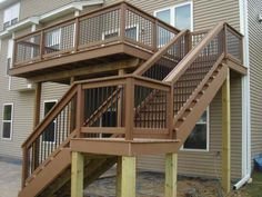 This amazing photo is truly an interesting style concept. Big Deck, Cool Deck, Deck With Pergola, Backyard Decks, Deck Patio, Deck Steps, Wood Steps, Deck Stair Railing, Camden House