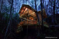 Creekside Hideaway cabin is a secluded 1 bedroom getaway cabin in Pigeon Forge TN.  Enjoy a special value when you book this cabin!