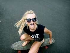 a summer skate along the boardwalk? ok! we are ready to hit the pavement and get silly// after all its SUMMER!