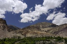 10 Valleys In Jammu And Kashmir That Offer Spectacular Views : TripHobo Travel Blog