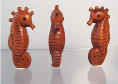 Carved & Signed! ADORABLE Seahorse BOXWOOD Bead 4128FQ - Premium Bead