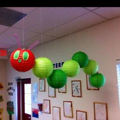 The Very Hungry Caterpillar - Adorable classroom decor (from the ceiling or wall) that you could make with our paper lanterns! The Very Hungry Caterpillar - Adorable classroom decor (from the ceiling or wall) that you could make with our paper lanterns! Classroom Setting, Classroom Design, Classroom Displays, Classroom Themes, Classroom Organization, Library Displays, Reading Corner Classroom, Future Classroom, Daycare Room Design