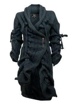 strickkleider wintermode winterkleider strickpullover damen Vivienne Westwood Source by alexiatietz de Ropa Vogue Fashion, Dark Fashion, Winter Fashion, Mode Sombre, Apocalyptic Fashion, Chunky Knit Cardigan, Chunky Knits, Blue Cardigan, Drape Cardigan