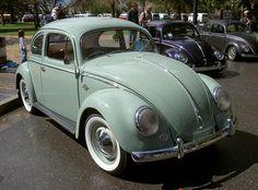 1953 VW Bug | Tom Donohue | Flickr