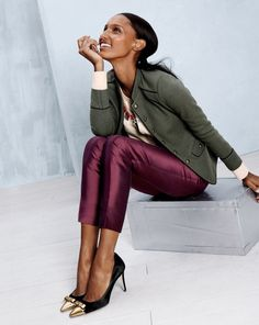 12 J.Crew Catalog Outfits That Work in Real Life - In this look, mix luxe fabric with green army jacket Work Fashion, Fashion Looks, Fashion Design, Fashion Fashion, Fashion Trends, J Crew Style, Style Me, J Crew Catalog, October Fashion