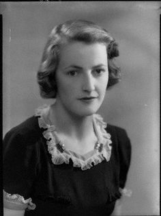 Lavinia Mary Fitzalan-Howard, Duchess of Norfolk (22.3.1916|10.12.1995) Only daughter of Algernon Strutt, 3rd Baron Belper. Married Bernard Fitzalan-Howard, 16th Duke of Norfolk, 27.1.1937, they had 4 daughters, only the youngest has children: Lady Anne Cowdrey 14th Lady Herries of Terregles (12.6.1938|23.11.2014) Lady Mary Mumford 15th Lady Herries of Terregles (14.8.1940) Lady Sarah Margaret Clutton (23.6.1941|14.6.2015) Lady Theresa Jane Kerr, Marchioness of Lothian (24.6.1945)