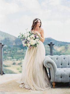 Oh-so elegant bridal inspiration: http://www.stylemepretty.com/2015/09/01/elegant-malibu-rocky-oaks-estate-shoot/ | Photography: Sally Pinera - http://sallypinera.com/