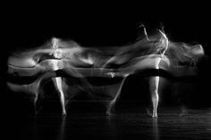 dance motion blur - Google-haku