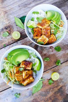 Baked teriyaki tofu bowl with cilantro and lime rice (vegan)
