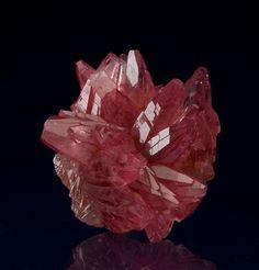 bijoux-et-mineraux:    Rhodochrosite - South Africa