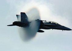 Trapianto di polmoni: jet militare si alza in volo per salvare bimba di 9 anni - http://www.sostenitori.info/jet-militare-volo-salvare-bimba-9-anni/270499
