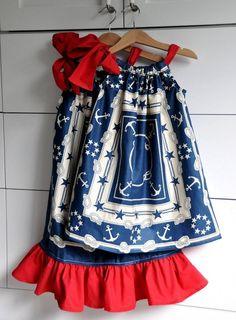 DIY Kid Clothes Refashion: DIY Sewing: Patriotic Pillowcase Dresses