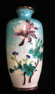 ANTIQUE JAPANESE CLOISONNE GINBARI ENAMEL MINIATURE VASE, FLORAL DECORATION✖️Japanese Cloisonne ✖️More Pins Like This At FOSTERGINGER @ Pinterest✖️