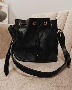 "REDO by OFS on Instagram: ""@louisvuitton petit noe epi leather fresh up #REDObyOFS // swipe for before slides #louisvuittonpetitnoe #petitnoeepi #lvepileather"" Louis Vuitton Petit Noe, Luxury Bags, Bucket Bag, Prada, Fresh, Leather, Vintage, Instagram, Fashion"