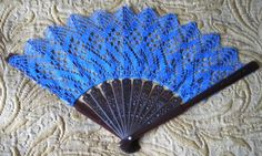 Bobbin lace fan - explanation with diagrams. Crochet Art, Irish Crochet, Crochet Motif, Crochet Crafts, Crochet Doilies, Yarn Crafts, Crochet Thread Patterns, Bobbin Lace Patterns, Bobbin Lacemaking